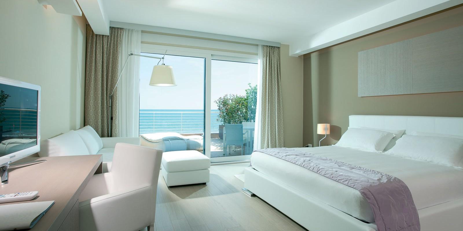 Hotel Jesolo Con Piscina